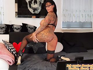 Behind the scenes of german tattoo big tits dildo show milf