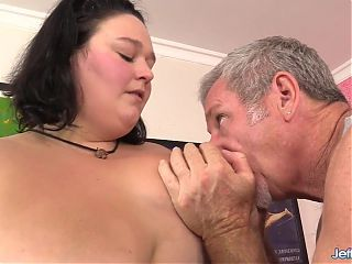 BBW With Sexy Fat Rolls Valhalla Lee Enjoys a Kinky Rubdown