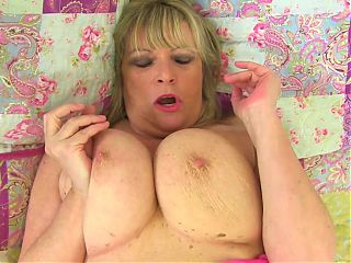 Mature mother with big natural tits and wet cunt